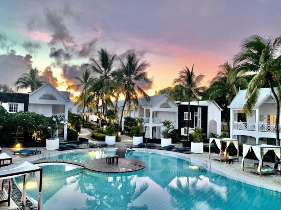 Почивка в SeaLife Resort 4*